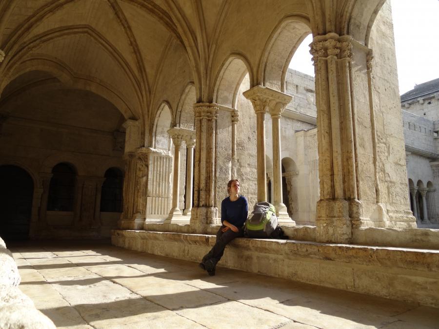 Cloître de l'église Saint-Trophime à Arles (Provence-Alpes-Côte d'Azur)